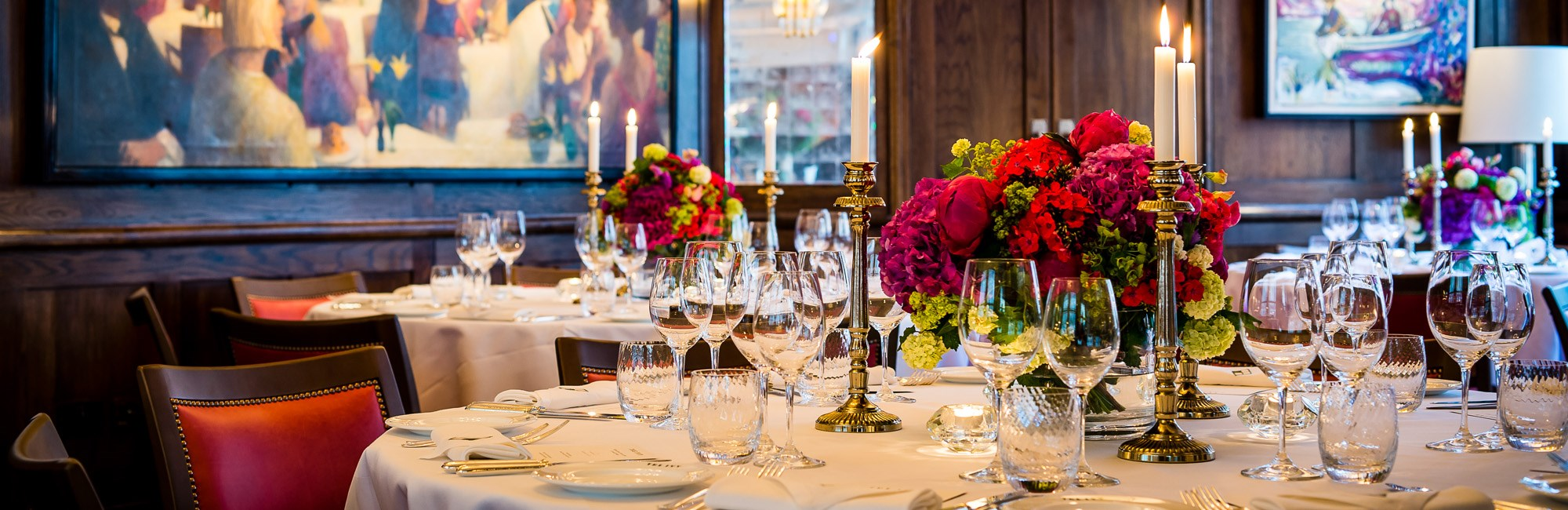 The private dining room at The Ivy in Covent Garden is available for Large Group Dining and Private Hire