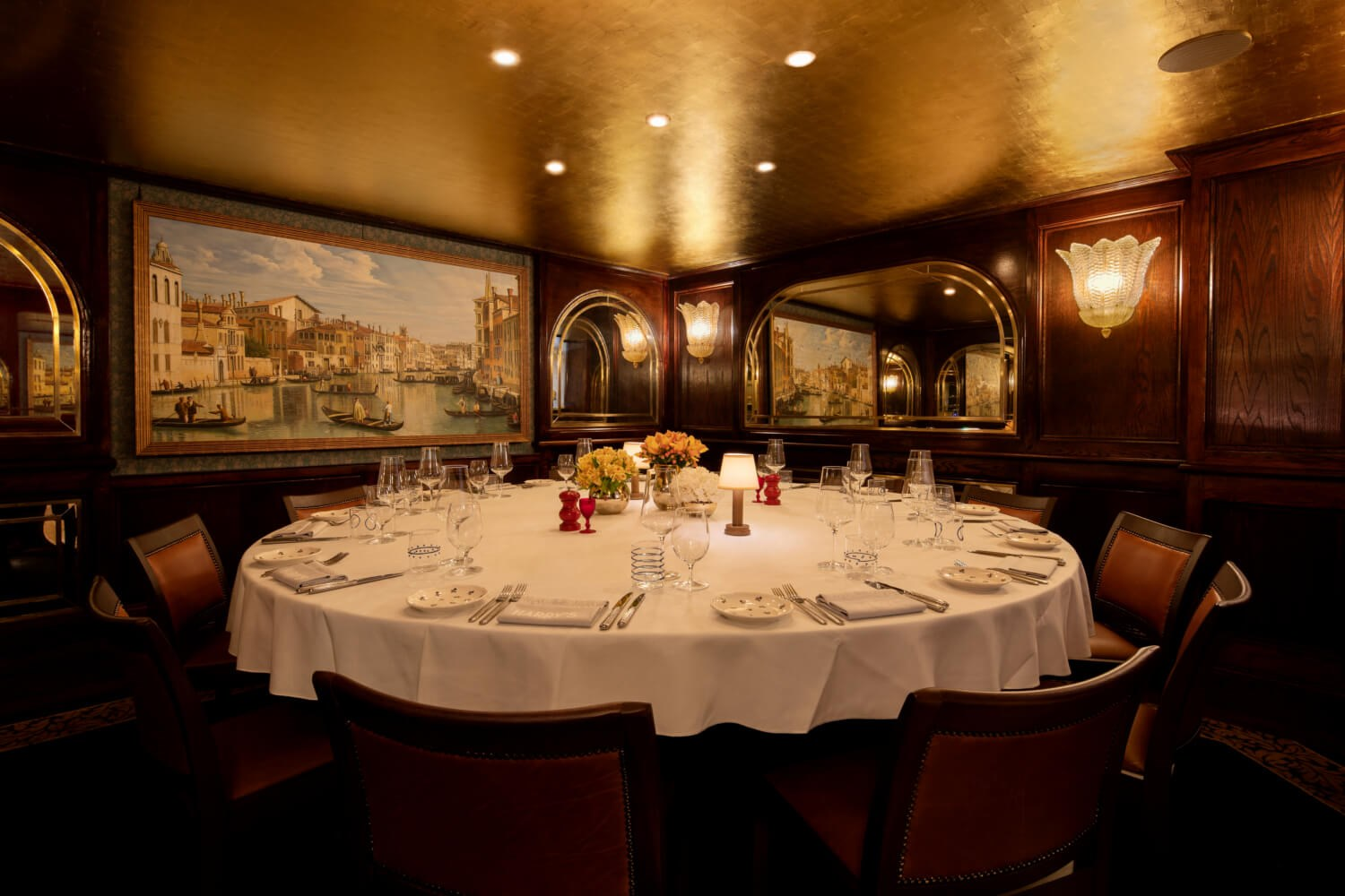 The Canaletto Room at Harry's Dolce Vita